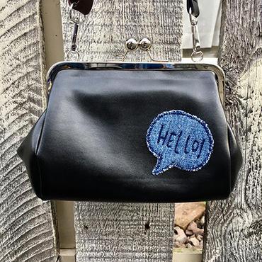 【セレクト】HELLO!ワッペン合皮ガマ口ショルダー