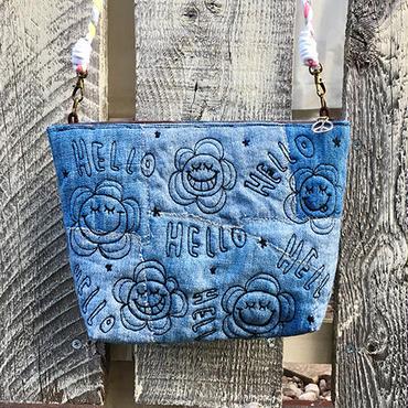 デニムフラワースマイル刺繍ショルダー