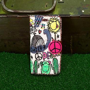 peace刺繍スマホケース(iPhone6/6s,7用)