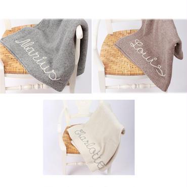 ユーロ安により価格改定!【予約商品】mamy factory お好きな文字の刺繍入り手編みブランケット【サイズ:45x65cm】
