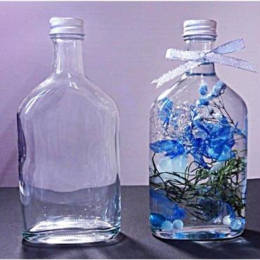 フラット型ボトル