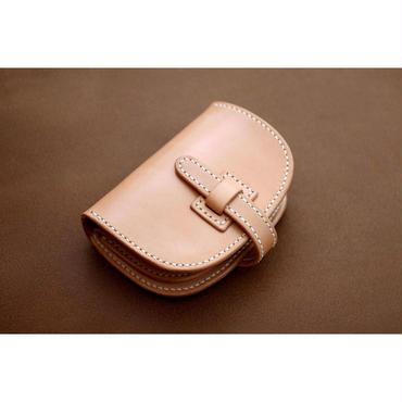 本革サドルレザーのハーフ財布【フラップ】
