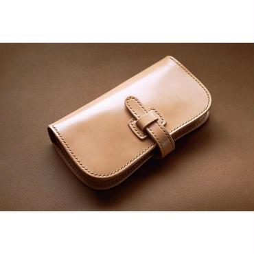 本革サドルレザーの谷型長財布【フラップ】