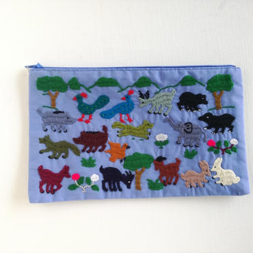 ラオス モン族の手刺繍ファスナーポーチ 動物の楽園(水色)03