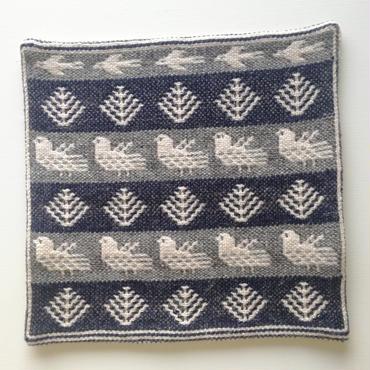 ヤノフ村の織物 クッションカバー 鳥と木(37×37cm) #1994