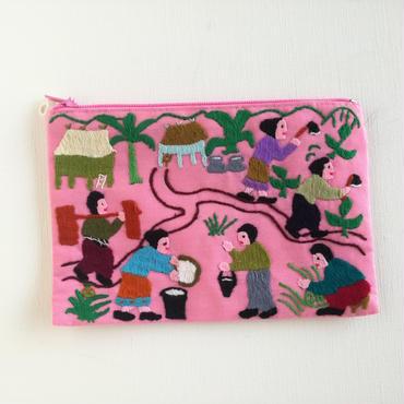 ラオス モン族の手刺繍ミニファスナーポーチ 農村の生活風景(ピンク)08