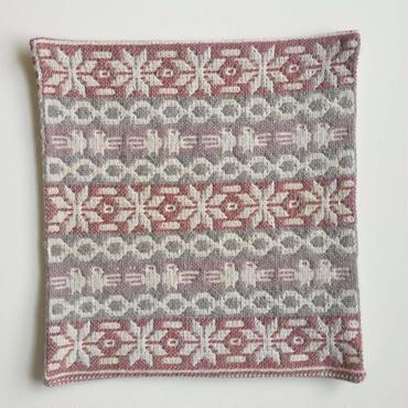 ヤノフ村の織物 クッションカバー 鳥と幾何学模様(36×36cm) #2147