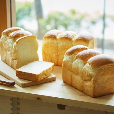定期便【3本入】こだわり食パン3本×4回<送料込み>