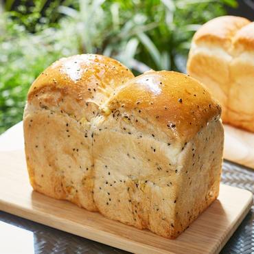 【3本入】ゴマとさつまいものほっこり食パン3本セット