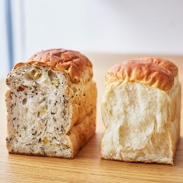 定期便【3本入】こだわり食パン2本+期間限定食パン1本セット×4回<送料込み>