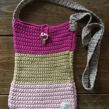 手編みポシェット