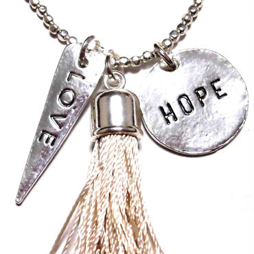 CATHAMMILL キャットハミル ホープ ラブ ネックレス Long charm tassel necklace silver ペンダント おとな かわいい プレゼントにもおすすめ 海外 ブランド