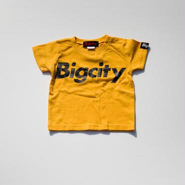 90'Sを感じるウータンイエローベースのBigcityLOGO T-シャツ