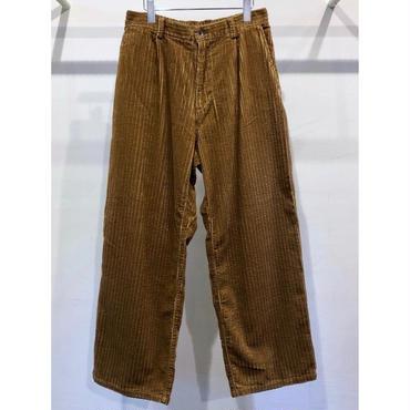KIIT : CORDUROY PANTS