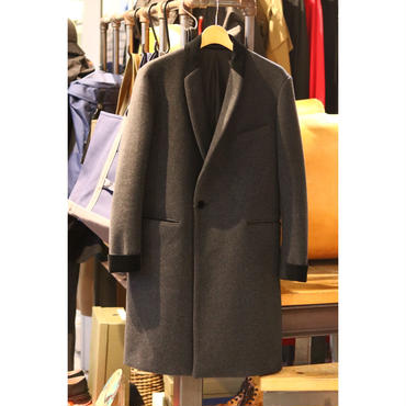 MAINU : WOOL DRAPE COAT