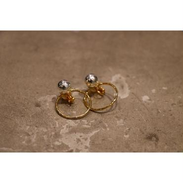 JANE SMITH : BALL RING EARRING