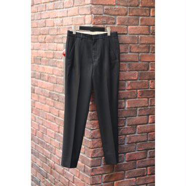 WYATT : STRETCH IN TUCK SLIM TAPERED TROUSERS