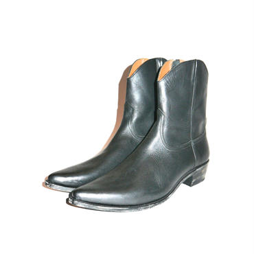 The Letters :   Cow Boy Leather Side Zip Pointed Boots