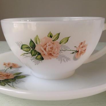 arcopal ピンクのバラ ショコラサイズC&S ティーカップSET