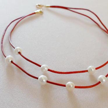 KH様用 オレンジ革紐と淡水パールの二連ネックレス