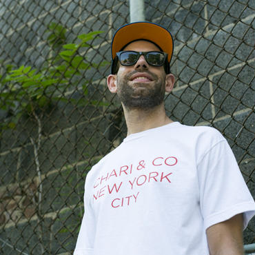 CHARI & CO - GOTHAM LOGO TEE RED