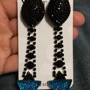 Black drape earrings w blue triangle