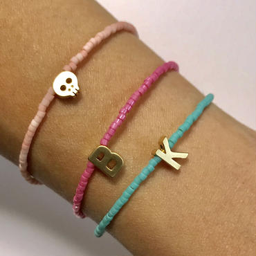Tiny thin bracelet