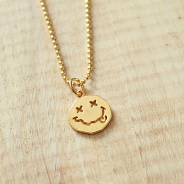 × × Smile Necklace -Gold-