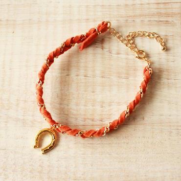 Horseshoe Suede Bracelet -Orange-