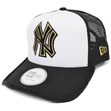 SEQ04 NEWERA TRUCKER MESH CAP YANKEES(MLB) 110999667 ニューエラ スパンコール メッシュキャップ ヤンキース(MLB) ホワイト/ブラック/ゴールド