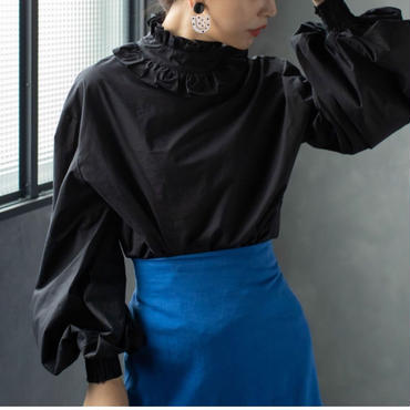 ladies//volume sleeve - frill pullover