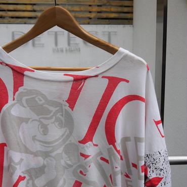 OHIO STATE UNIVERSITY BUCKEYES/オハイオ州立大学バッキーズ  総柄Tシャツ 90年前後 Made In USA(USED)