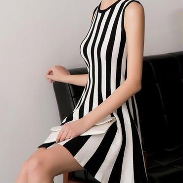 海外インポートホワイトブラックストライプニットワンピースドレス