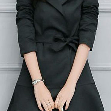 レディース ブラック フレア ドレス トレンチ ジャケット コート アウター 腰ひも ベルト 付き 黒