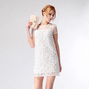 海外インポートセレクトホワイトシースルーフラワー刺繍デザインワンピースドレス白花柄
