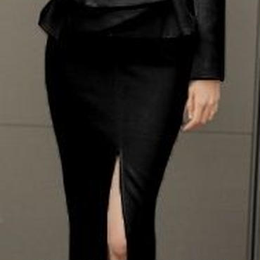 レディース ブラック ぺプラム ノーカラー デザイン ジャケット ミディ丈 スカート セットアップ スーツ 黒