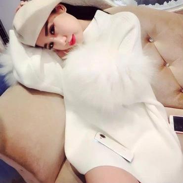 海外インポートセレクトホワイトファー付ベレー帽子付きセットアップワンピースドレス白色