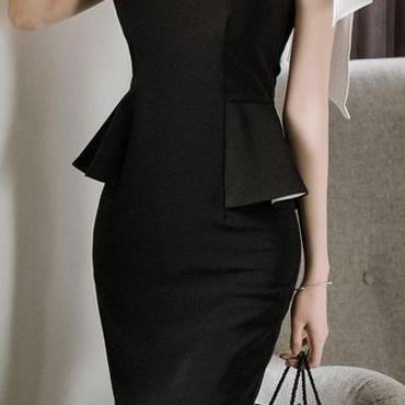レディース 海外 インポート ブラック ホワイト ワンショルダー オフショルダー デザイン ミディ 丈 ワンピース ドレス