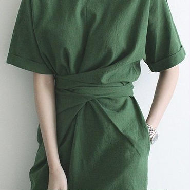 レディース 海外 インポート グリーン シンプル デザイン ミディ 丈 ワンピース ドレス 緑