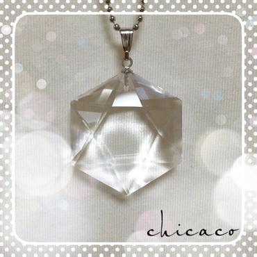 六芒星 水晶のペンダントネックレス