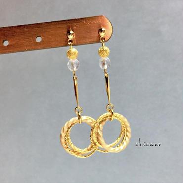天然石水晶のデザインリングフープピアス/イヤリング gold