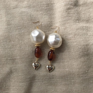 Big pearl heart pierce