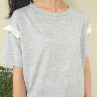 ショルダーフリンジTシャツ