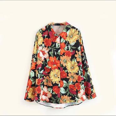 花柄プリントシャツ