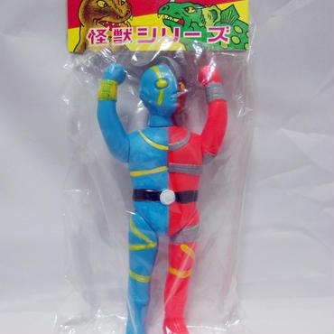 メーカー不明:キカイダー風ソフビ ミドルサイズ