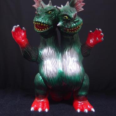 ZOLLMEN:双生獣 バジラ 赤成型