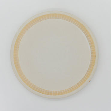 【パンとごはんと...】掻き落としの陶器 PLATE L cream