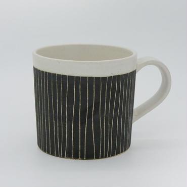 【パンとごはんと...】掻き落としの陶器 MUG CUP black