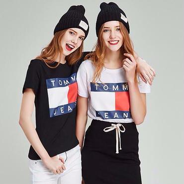 大人気トミーヒルフィガーTシャツ シャツ 丸型Tシャツ ベアトップ レディース 夏愛用 オシャレ インナー ウイメンズ
