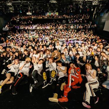 【期間限定販売】Tigh-Z ワンマンフォトセット 20枚 2L版+DVD-Rセット@梅田クラブクアトロ
